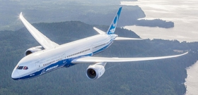 Lázadnak a pilóták, árulkodnak a munkások, válságban a világhírű cég
