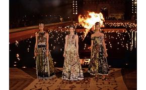 Macska lett a főszereplője a világhírű divattervező bemutatójának
