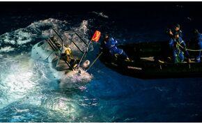 Merülési rekord műanyaggal: 11 kilométeren találtak zacskót