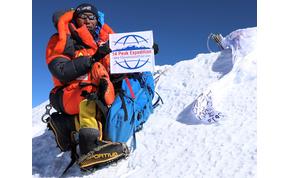 A rekorder serpa, aki huszonnegyedszer is felmászott az Everestre