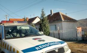 Nem volt bölcs dolog megelőzni a miskolci rendőrautót – videó