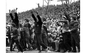 Hihetetlen hangulatú nemzetközi kupadöntőt játszott 50 éve az Újpest