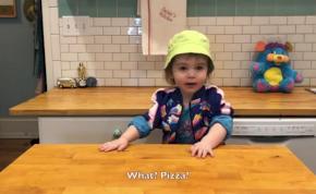 Suzie, a kétéves főzőshow-mester elkápráztat szörnyű pizzájával