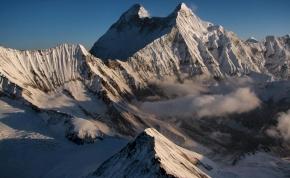 Óriáslavina: nyolc hegymászó tűnt el a Himalája indiai részén