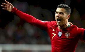 Cristiano Ronaldo mesterhármasa NL-döntőt ért Portugáliának