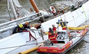 Elsüllyedt az utolsó fából készült vitorlás Hamburgban – videó