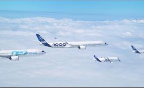 Ritka és látványos, ahogy kötelékben repül hat Airbus