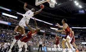 Berobbant az NBA-be a srác, aki 130 kilósan egy métert emelkedik