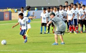 33 éve szerezte Maradona a két leghíresebb gólját, öt perc alatt
