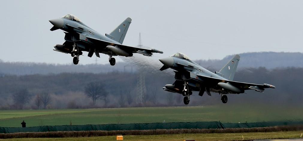 Vadászbombázók ütköztek össze Németországban