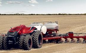 Itt az önműködő traktor, amely magától arat és figyeli az időjárást