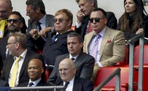 Elton John, a focista? Ilyen fotót még biztosan nem láttál!