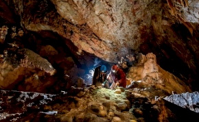 Fantasztikus kincsekre bukkantak a régészek Aggtelek mélyén