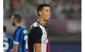 Ronaldo nem lépett pályára Dél-Koreában, a szurkolók teljesen kiakadtak