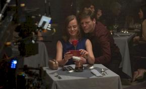 Romantikus dramedy lesz az Így vagy tökéletes című film