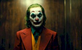 Rosszul jár, aki maszkban, bohóc sminkben ül be a Joker vetítésére