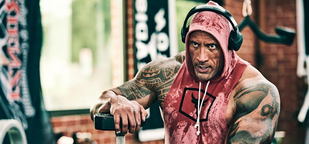 """Dwayne """"The Rock"""" Johnson felköszöntötte legidősebb rajongóját – videó"""
