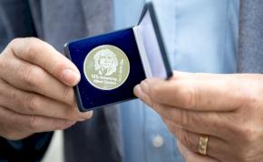 Nobel-díjat kaptak a lítiumion-akkumulátor atyjai