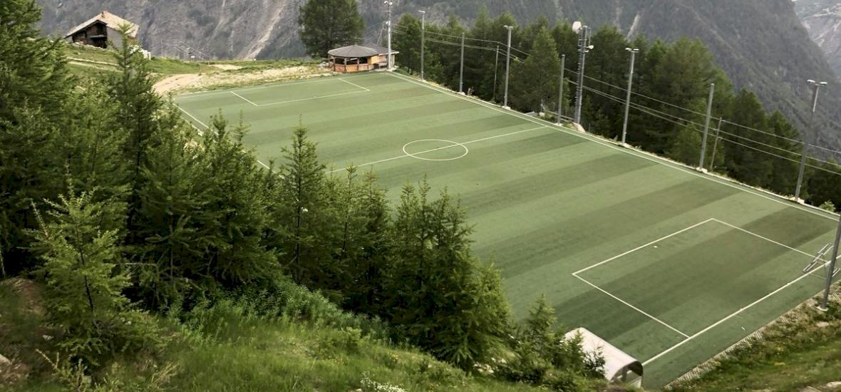 Egy svájci kiscsapat 1000 labdát vesztett el 40 év alatt
