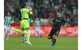 13 másodperc kellett a török foci történetének leggyorsabb piros lapjához