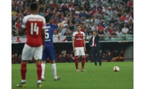 Özil ebben a szezonban minden pályán töltött percével 10 milliót keresett