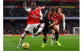 Megmagyarázta rögbibe illő szerelését az Arsenal játékosa