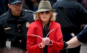 Rács mögé zárták a 81 éves Jane Fondát