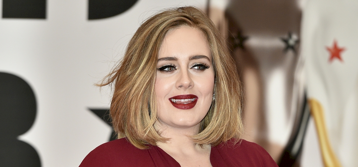 Hihetetlen, hogy mennyire lefogyott Adele – megmutatta új alakját