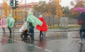 Az esőfelhők nem akarják elhagyni Magyarországot