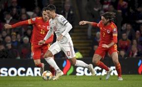 Vereség Walesben, két győztes meccs kell az Európa-bajnoksághoz