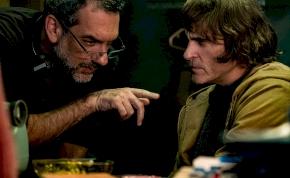 A rendező elmondta, hogy a közelben sincs a Joker 2