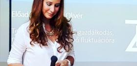 Mutatjuk videón, hogy vezet érvényes jogsi nélkül Demcsák Zsuzsa