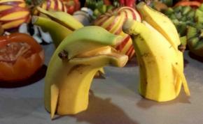 Új őrület, itt a gyümölcsfaragás!