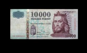 Szia, Szent István király! – még egy napig lehet fizetni a régi tízezressel
