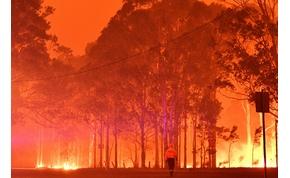 Látványos és felkavaró képek a lángokban álló Ausztráliáról