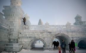 Nem is gondolnád, hogy hol található ez a jégből és hóból épített város