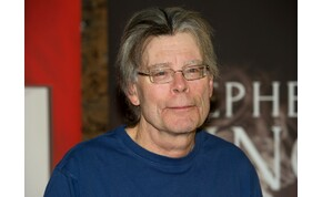 Ilyen is ritkán van: Stephen Kingre bedühödtek a rajongók