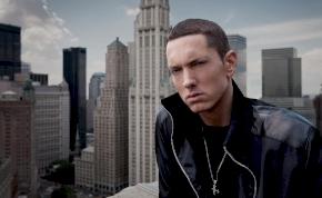 Ismét bejelentés nélkül érkezett meg Eminem új albuma