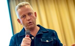 """Schobert Norbi nem áll le: """"Ebből akár forradalom is lehet"""""""