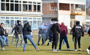 """""""Nemet mondunk az erőszakra!"""" –  a PMFC is vizsgálja a tömegverekedést"""