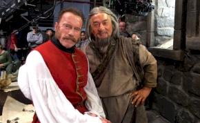 Arnold Schwarzenegger és Jackie Chan végre összecsap – előzetes