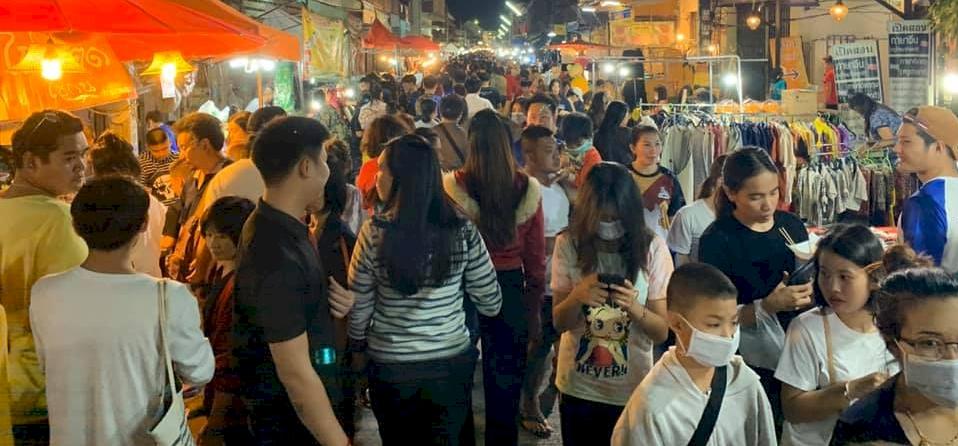 Zsolt utazása: a thaiföldi lovaskocsi és a street food – galéria