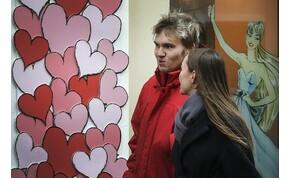 Szélben, esőben, hóban kell romantikáznunk Valentin-napon