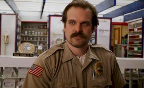Stranger Things: leleplezték, hogy meghalt-e Hopper sheriff