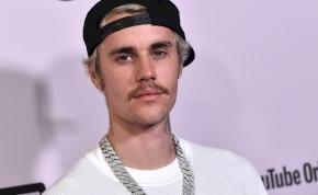 Kellett már öt év után egy Justin Bieber album, nem?