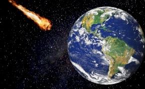 Egy világűrből jövő meteorit bezuhant egy kocsi hátsó ülésére – videó