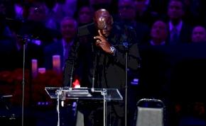 Michael Jordan sírva emlékezett Kobe Bryantre  – videó