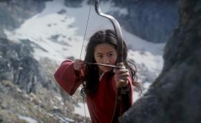 """Kivágtak egy nagyon """"bizarr"""" jelenetet az élőszereplős Mulanból"""