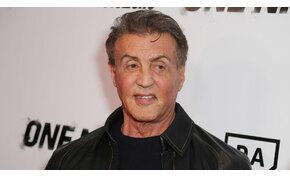 Sylvester Stallone posztján röhög a világ