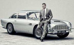 Daniel Craig nagyon féltette az Aston Martint a Bond forgatásán